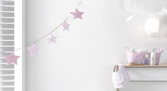 Guirnaldas con estrellas para decorar la habitación