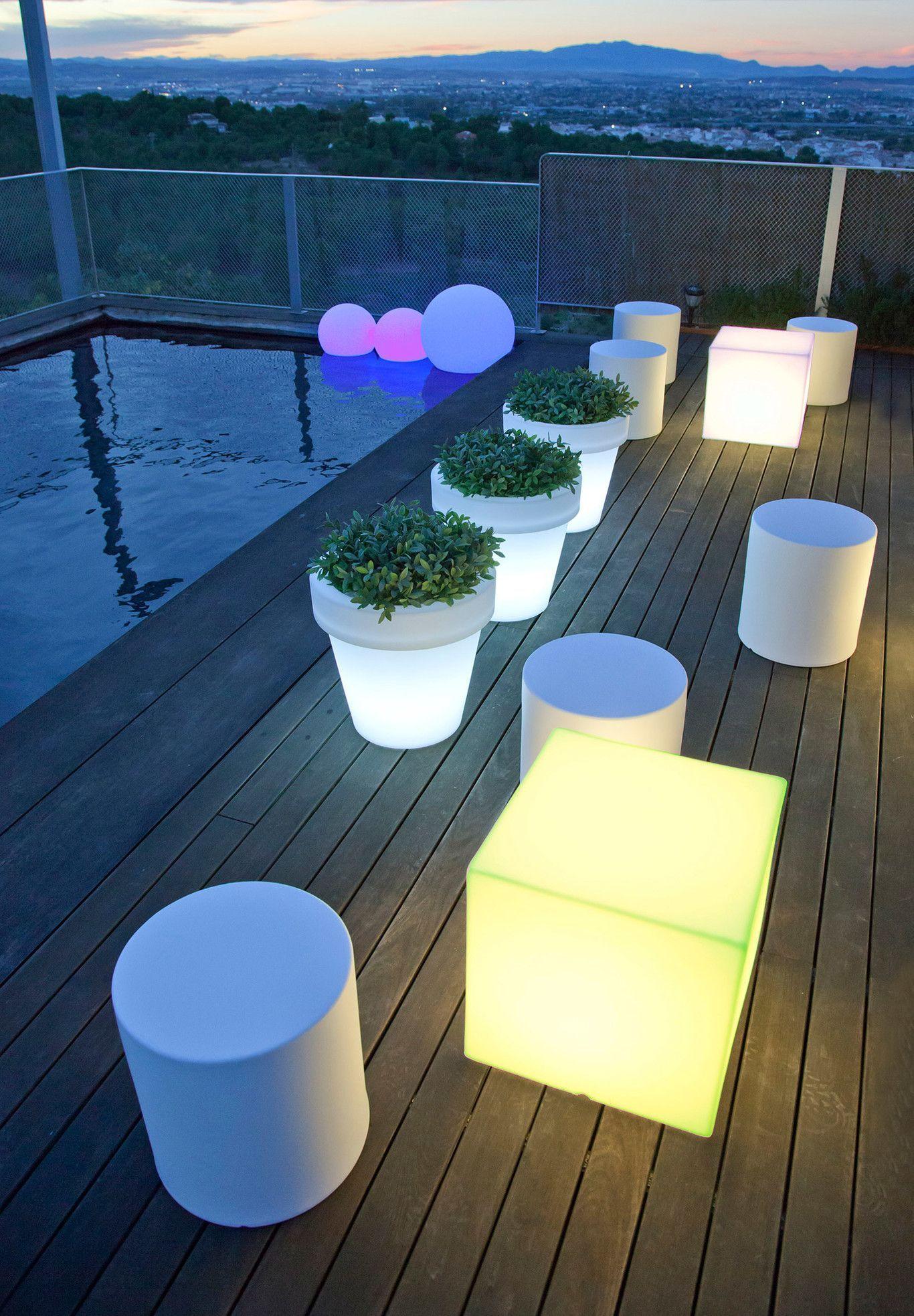 Lámparas inteligentes conexión wifi jardín