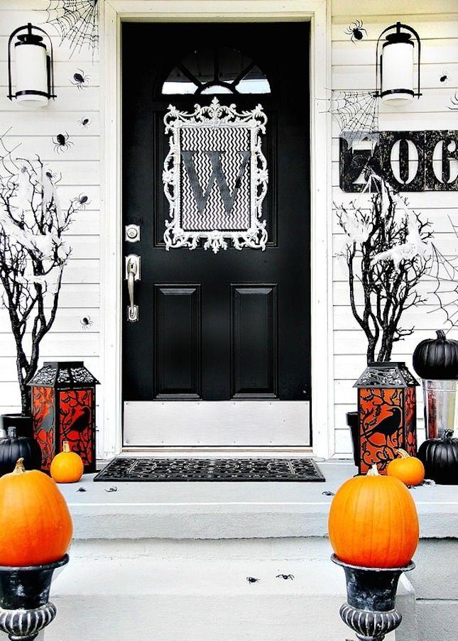 Decoración puertas de Halloween de una manera elegante