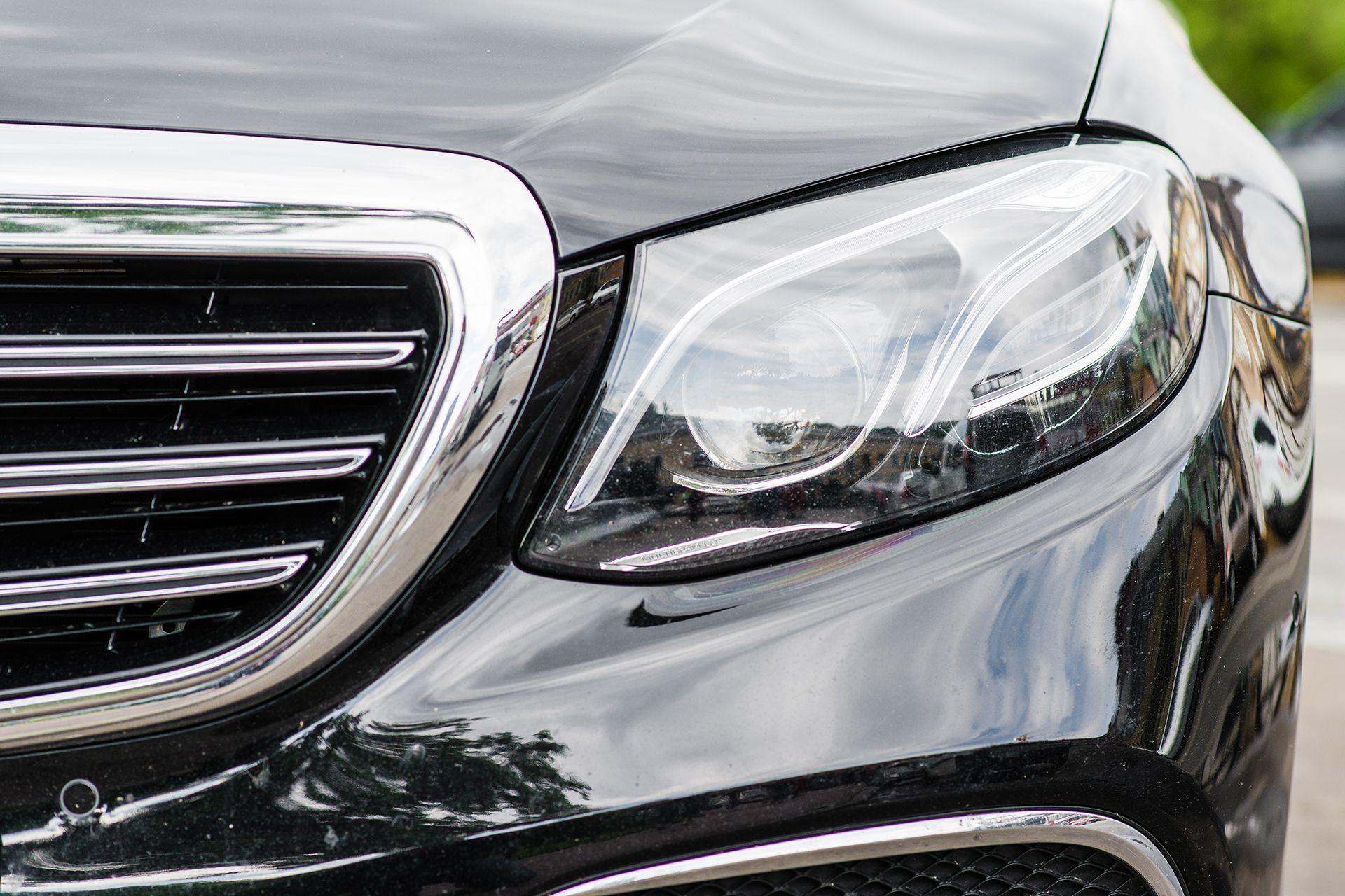 5 ventajas de alquilar un coche de lujo con chófer